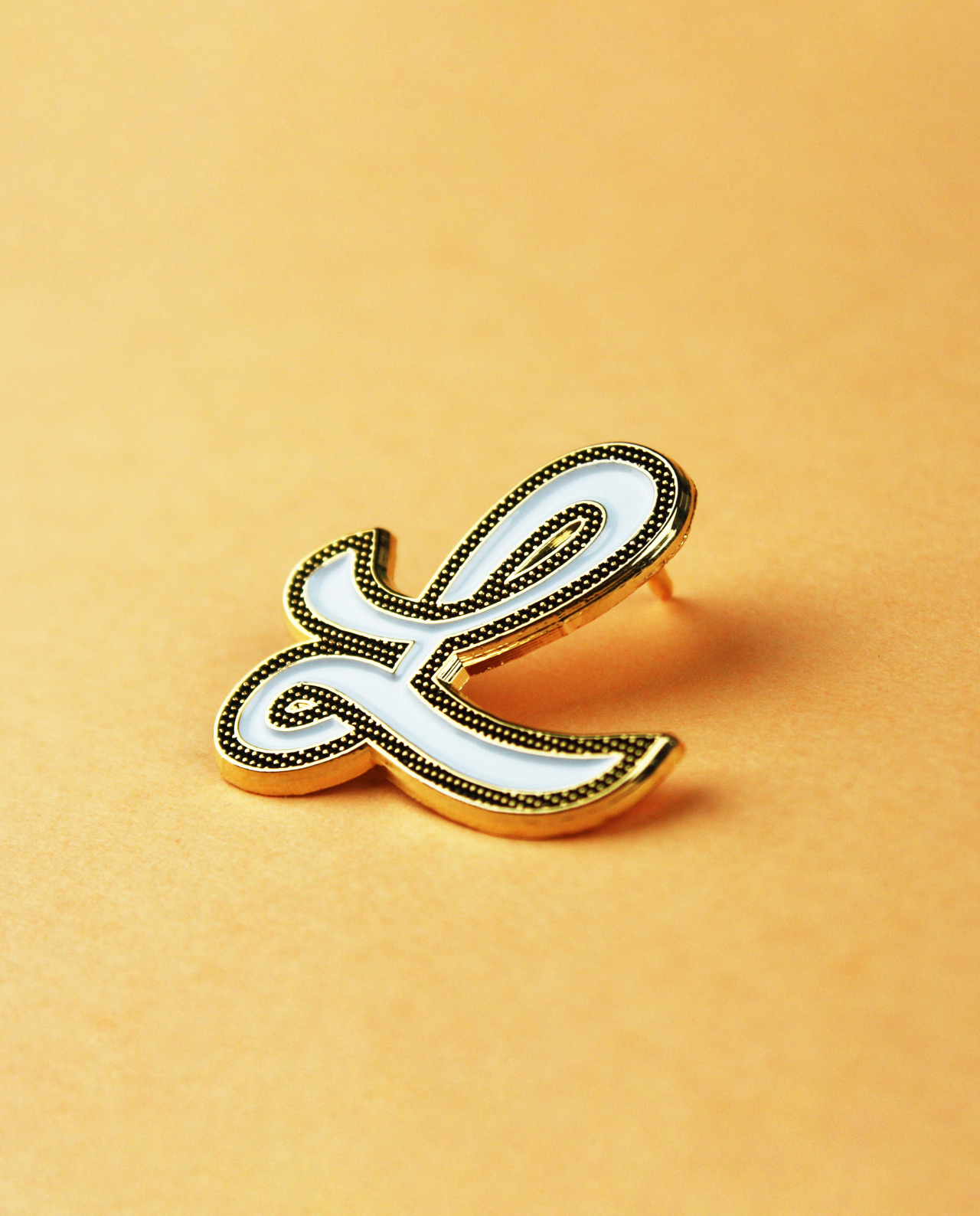 Character Collection Letter 'L' Enamel Pin